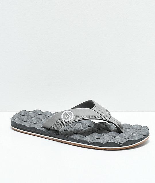 a18338b6b894 Volcom Recliner Light Grey   Gum Sandals