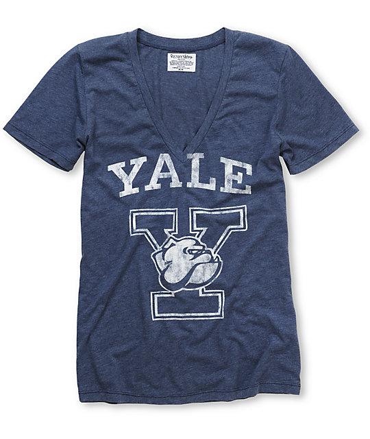 Yale Bulldogs V-Neck College Football T-Shirt