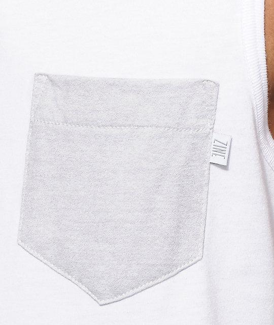 c8b688ca24 ... Zine Division camiseta blanca y gris sin mangas ...