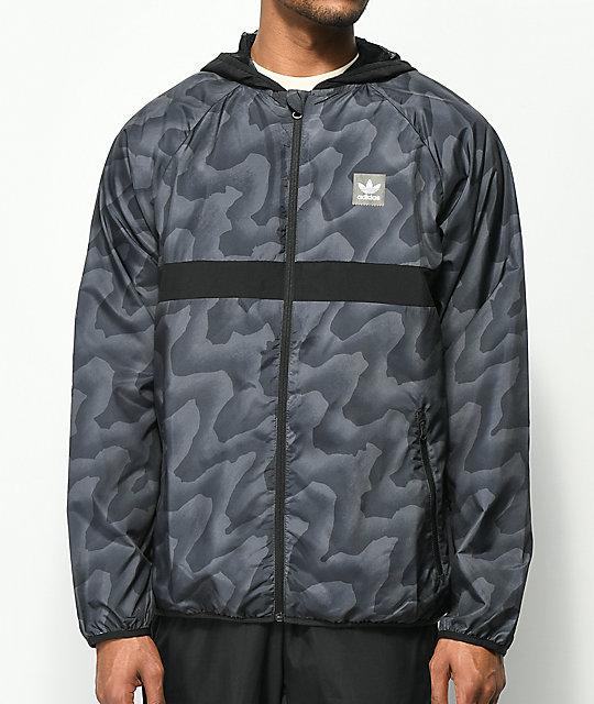 987d2e761 adidas BB Wrap chaqueta cortavientos en negro y gris ...