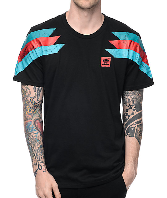 Comprare adidas germania t - shirt al 60 per cento.
