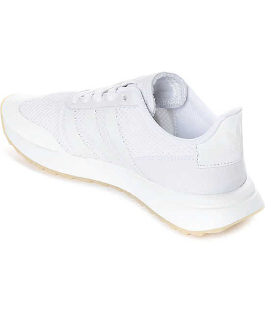 cheap womens white adidas trainers
