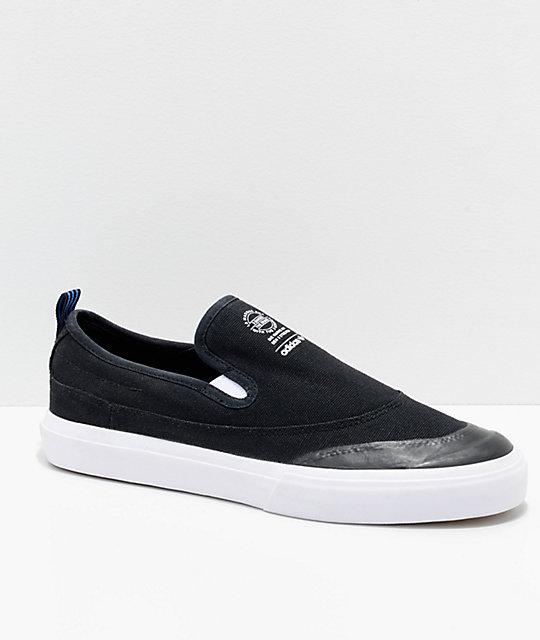 Negro Blanco Matchcourt On Slip Zumiez Y Adidas En Zapatos Azul xYPCXWqa