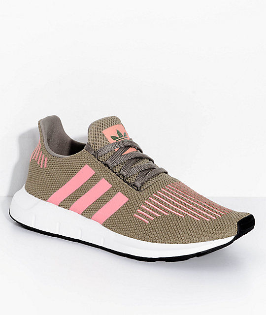 ecba7aef6 adidas Swift Run Trace Cargo   Pink Shoes