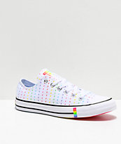 Converse CTAS Pride Ox zapatos en blanco, negro y arcoíris