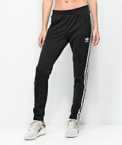 adidas pantalones de chándal en negro con tres rayas