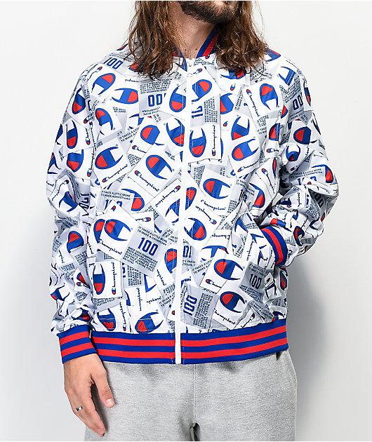 Champion Allover Tag Print chaqueta de béisbol blanca