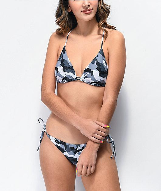 Damsel Rachael top de bikini de triángulo de camuflaje negro y blanco
