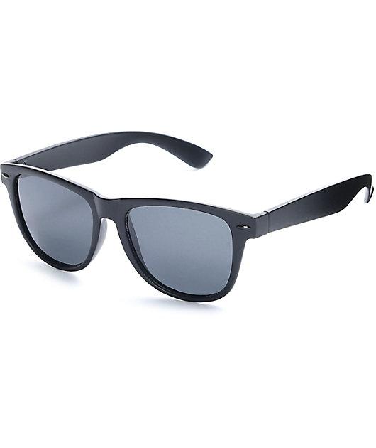 Empyre Quinn Polar Classic Matte Black Sunglasses