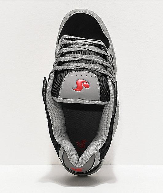 Globe Celcius zapatos de skate grises, rojos y negros