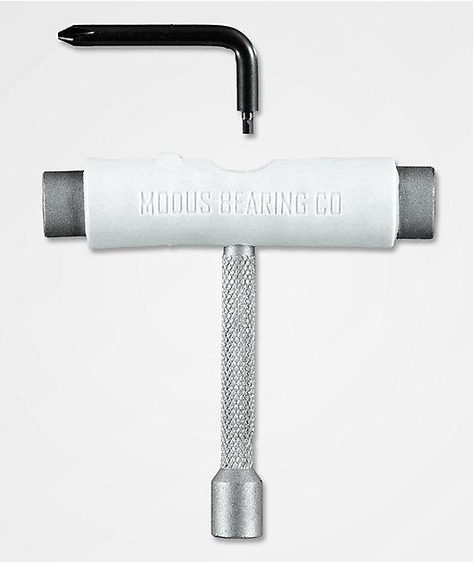Modus herramienta de skate en blanco