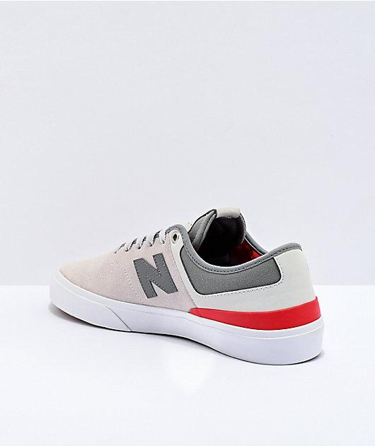 New Balance Numeric 379 zapatos de skate grises y rojos