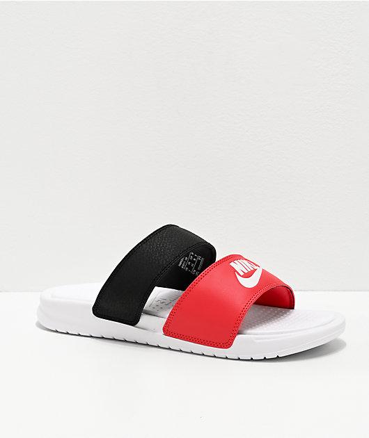 Parpadeo África Posdata  Nike Benassi Duo Ultra sandalias rojas, negras y blancas   Zumiez