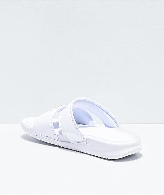 Nike Benassi Duo sandalias blancas