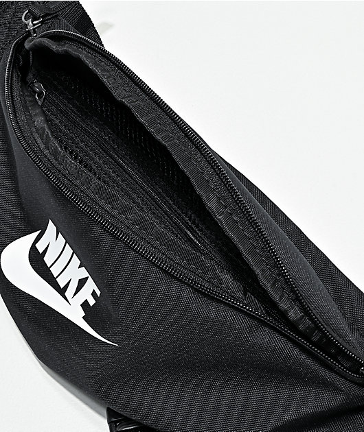 Nike Equipment riñonera negra