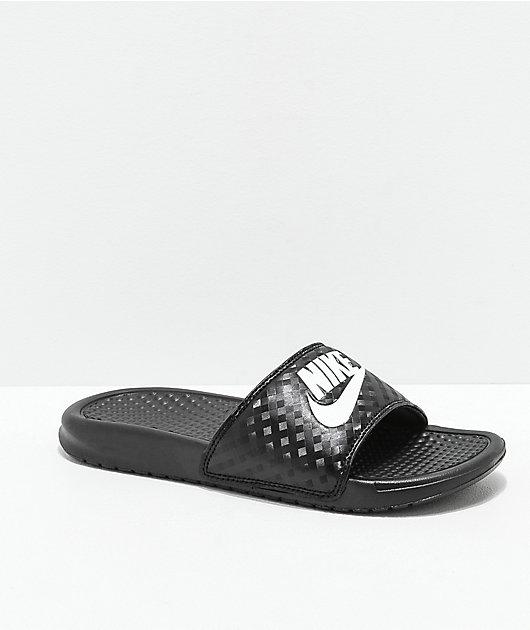 Adular capoc Alegre  Nike SB Benassi sandalias negras y blancas | Zumiez