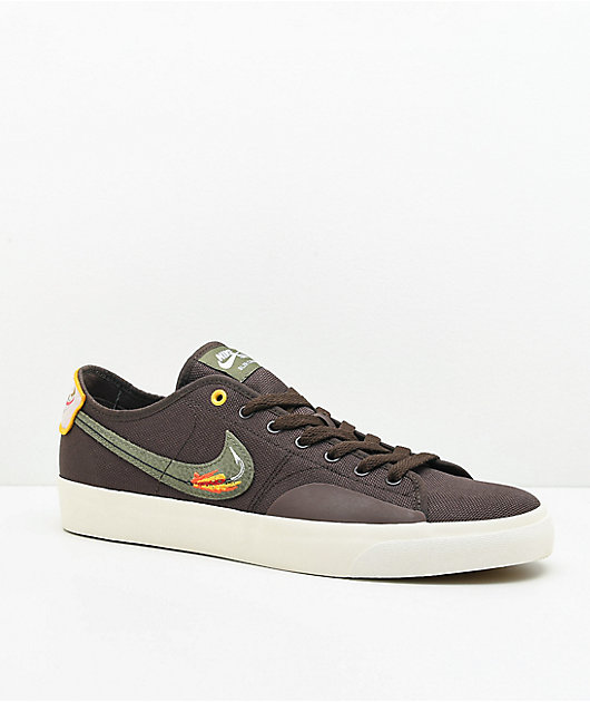Nike SB Blazer Court DVDL Brown & White Skate Shoes