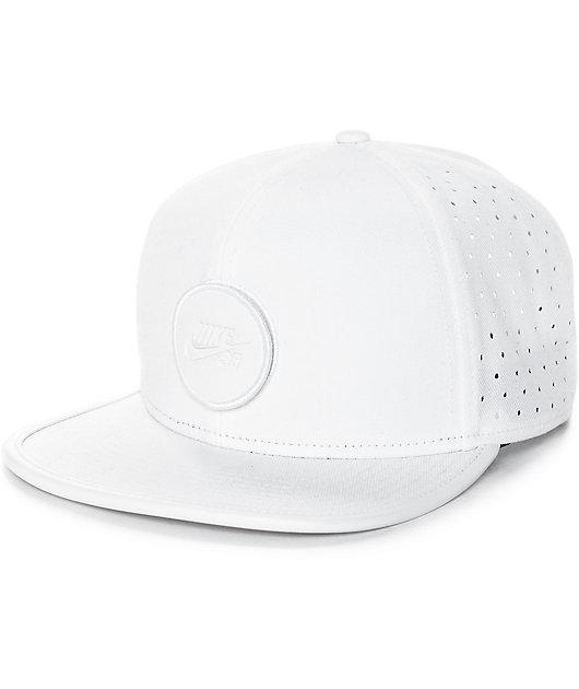 Nike SB Dri-Fit Arobill White Snapback