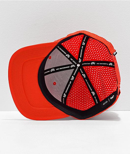 Mucho bien bueno Aumentar danés  Nike SB Performance gorra roja y gris   Zumiez