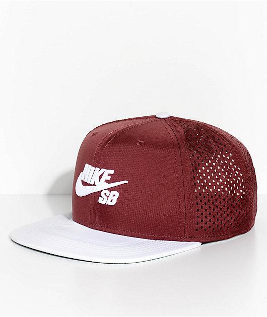 Nike SB Pro Team AeroBill Dri-Fit