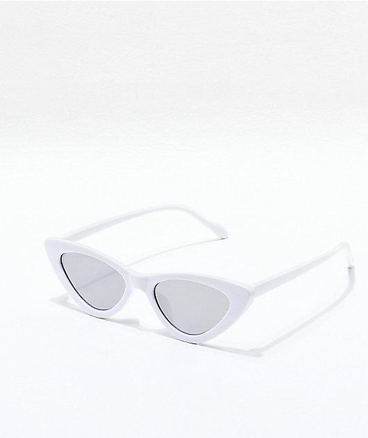 Novalee White Mirrored Cateye Sunglasses
