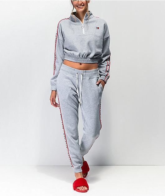 Tommy Hilfiger Logo Tape jogger pantalones deportivos grises