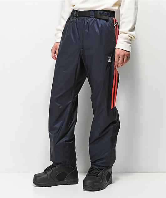 Alfombra de pies Tomate deuda  adidas Slopetrotter 5K pantalones de snowboard en negro y rojo | Zumiez