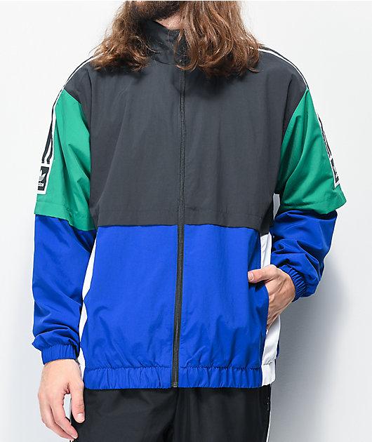 lápiz Contador puesto  adidas Standard chaqueta cortavientos negra, azul y verde | Zumiez