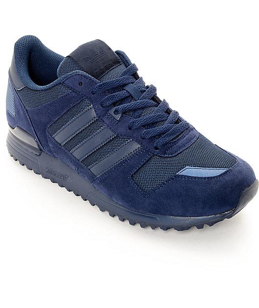Remolque total petróleo  adidas ZX 700 zapatos en azul marino | Zumiez