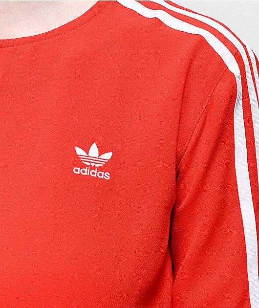 Post impresionismo Alfombra de pies Generalmente hablando  adidas camiseta roja de 3 rayas | Zumiez
